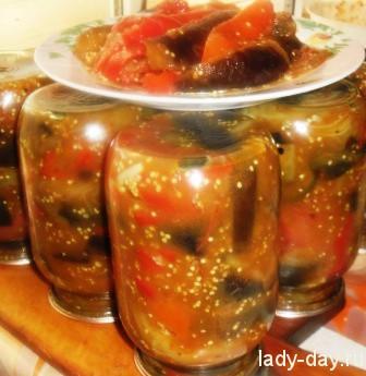 Салат десяточка с баклажанами