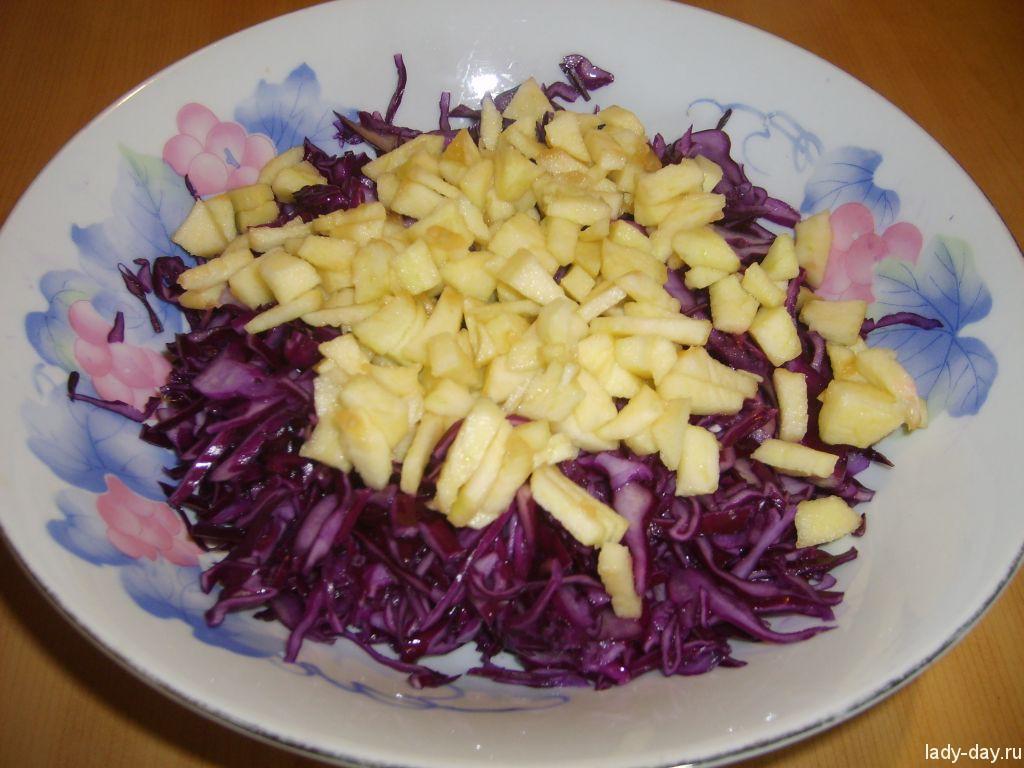 Салат из красно-кочанной капусты