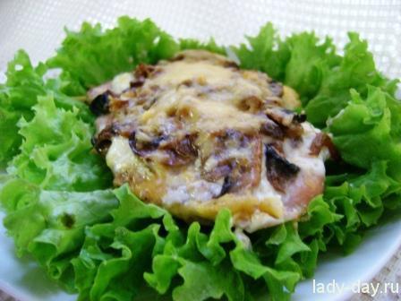 Куриная отбивная с грибами и сыром в духовке рецепты