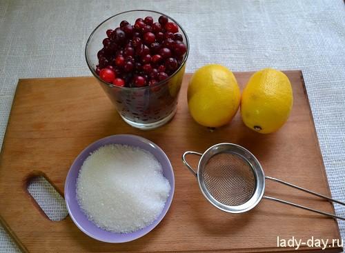 Домашний лимонад с клюквой