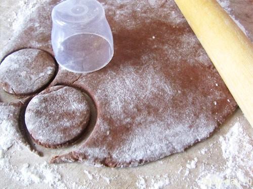 Шоколадное печенье с меренами