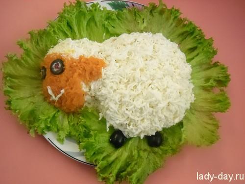 Салат в виде овечки