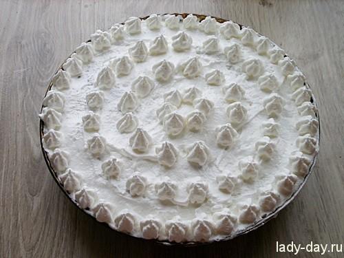 шоколадный пирог с меренгой