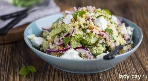 Салат из кускуса с огурцами и фетой