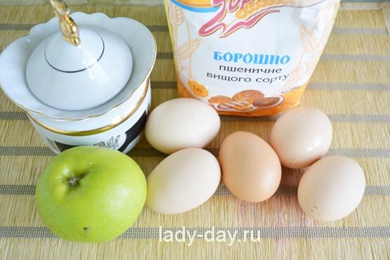 простой рецепт пирога шарлотка с яблоками рецепт