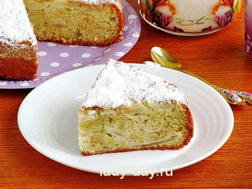 Шарлотка с яблоками, рецепт с фото в духовке