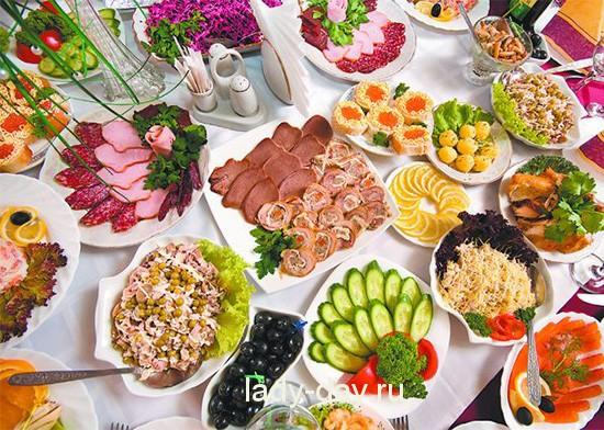 Вкусный стол новый год