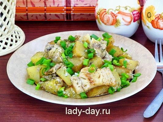 Рыба с картошкой запеченная в духовке