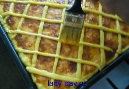 пирог с повидлом и творожной начинкой