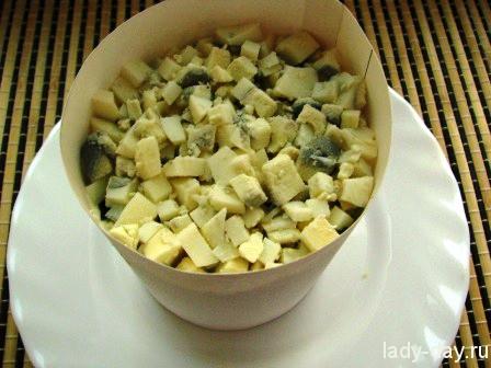 Слоеный овощной салат