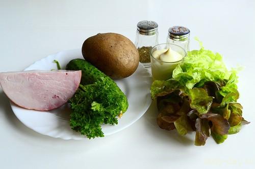 Салат с ветчиной и огурцами