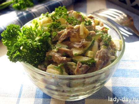 Салат с куриными желудками