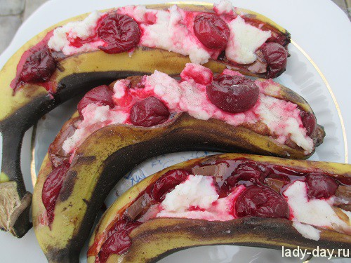 Банановый десерт