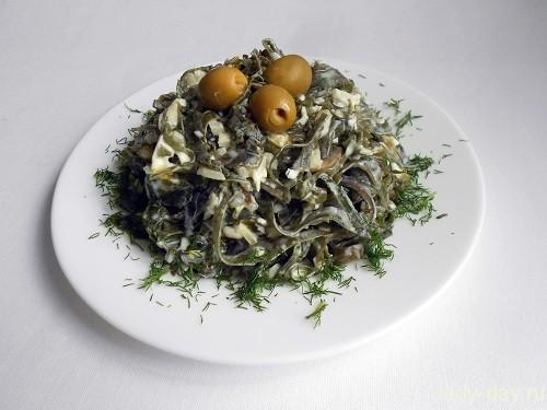 Салат из морской капусты очень вкусный