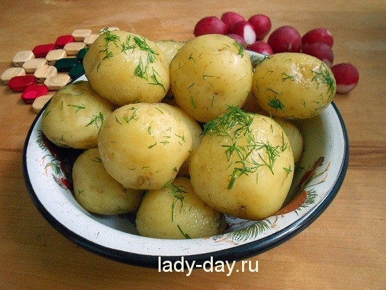 рить молодую картошку