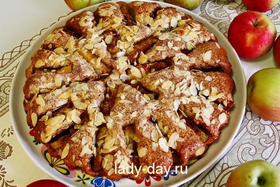 Яблочный пирог на сметане - вкуснее шарлотки,