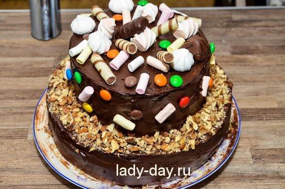 Шоколадно-белый торт
