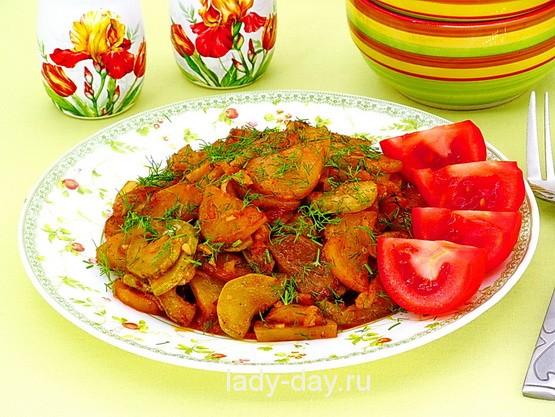 Рагу овощное с картофелем и кабачками