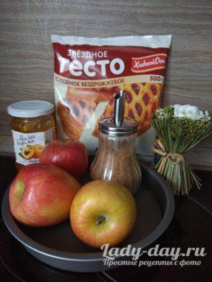 тесто и яблоки