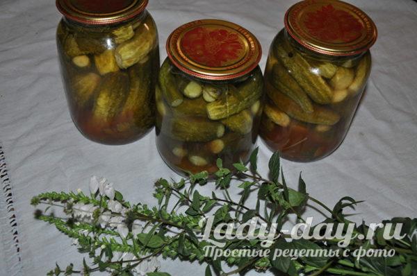 Огурцы на зиму с кетчупом чили
