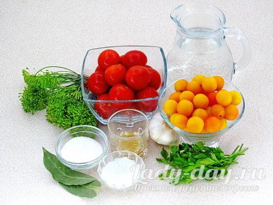 помидоры, алыча, зелень