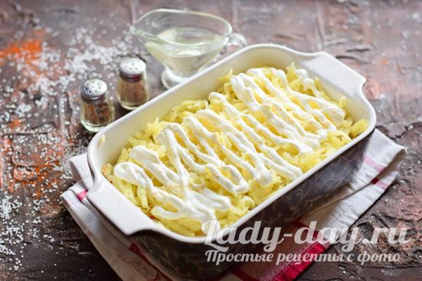 слой картошки и сметаны