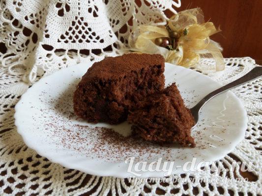 Шоколадный бисквитный торт, очень вкусный и простой рецепт