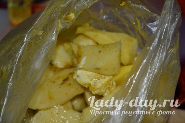 в пакете картошка