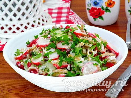 Салат с крабовыми палочками, рецепт