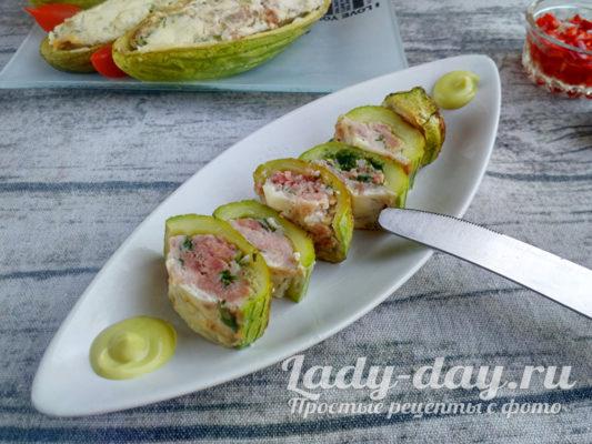 готовые кабачки с мясом