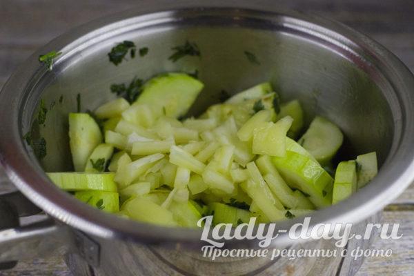 добавить перец к кабачкам