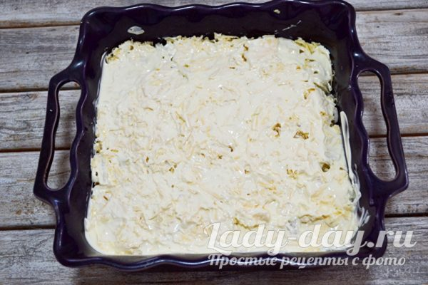 лук на картофеле