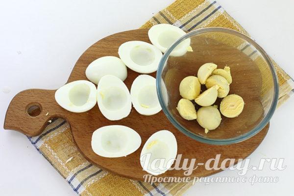 половинки яиц