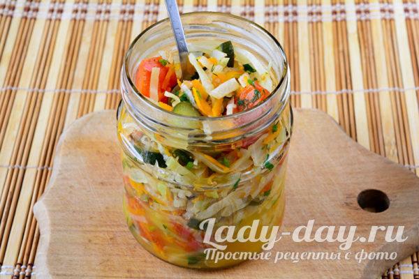 укладываем салат
