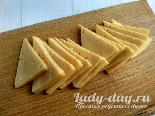 треугольники сыра