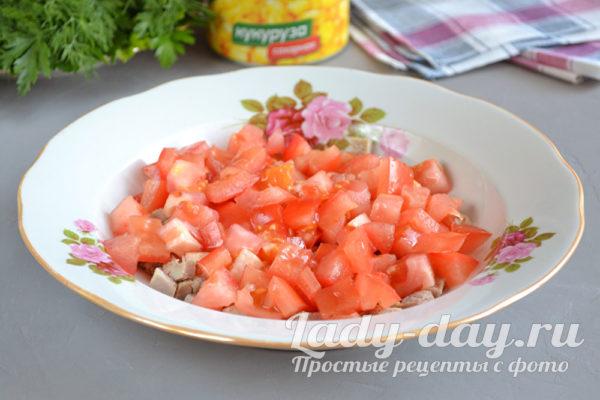 порезать помидор