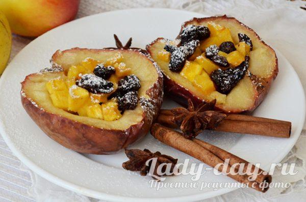Печеные яблоки с тыквой