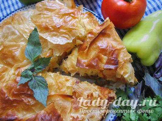 пирог из фило с грибами