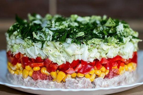 салат с кукурузой и перцем