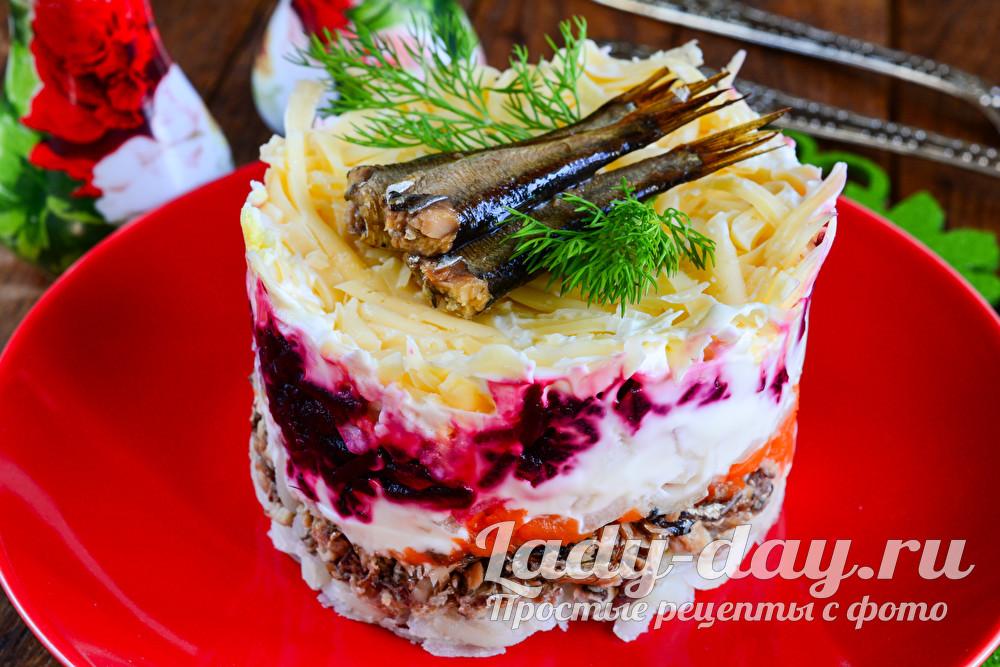 Салат с шпротами: рецепт с фото очень вкусный