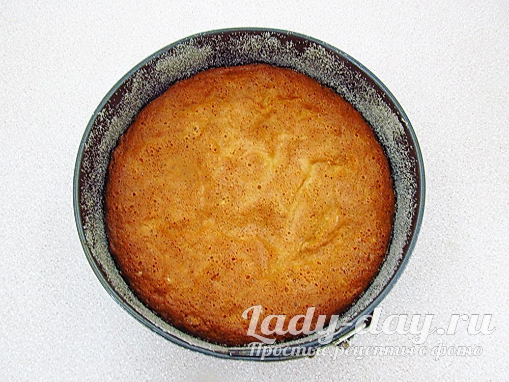 испечь бисквит