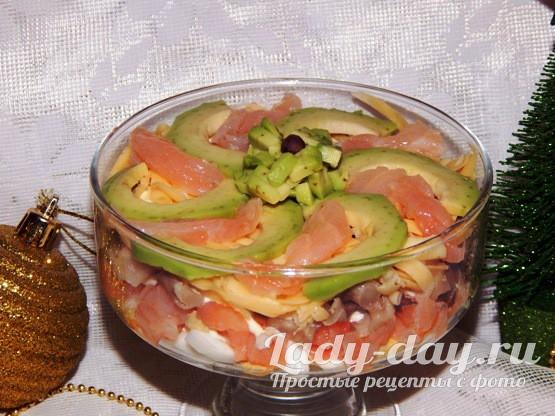 Салат с авокадо и красной рыбой рецепт с фото очень вкусный