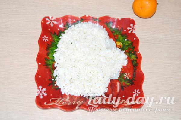 выложить рис в форме варежки
