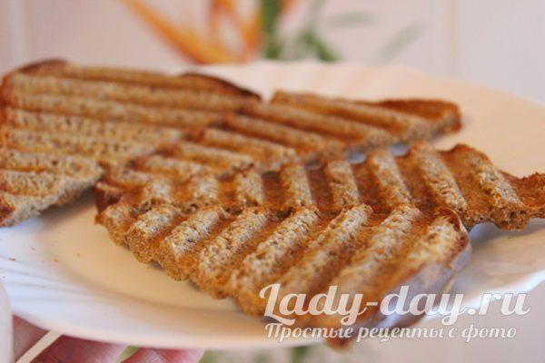 обжаренный хлеб