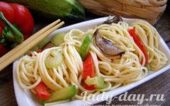 Приготовление макарон в мультиварке с овощами