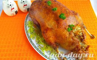 фаршированная утка в духовке целиком рецепт с фото с рисом
