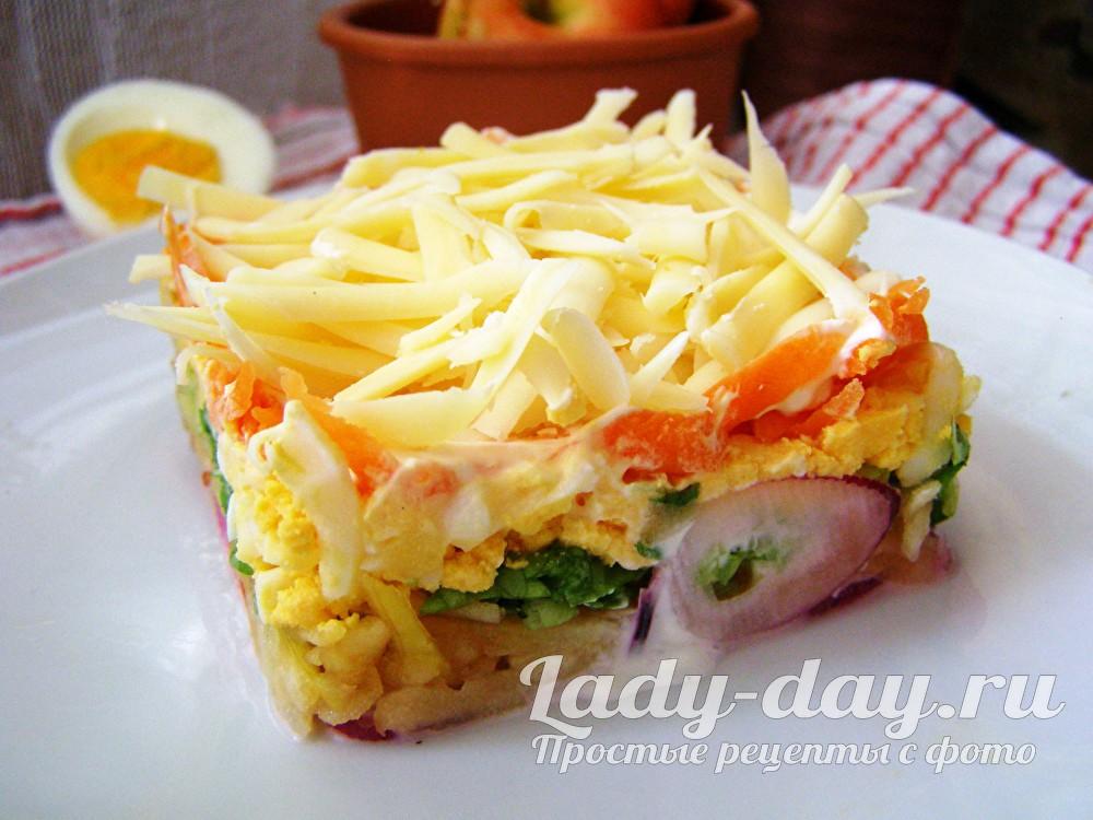 легкий салат с яблоком
