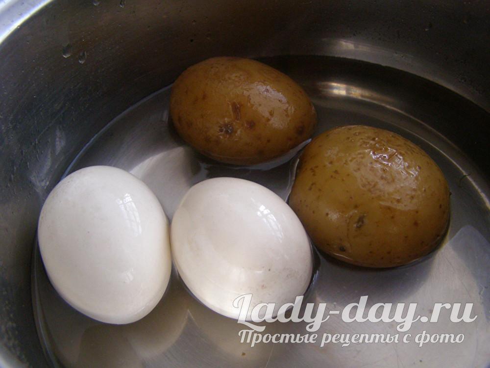 яйца и картофель