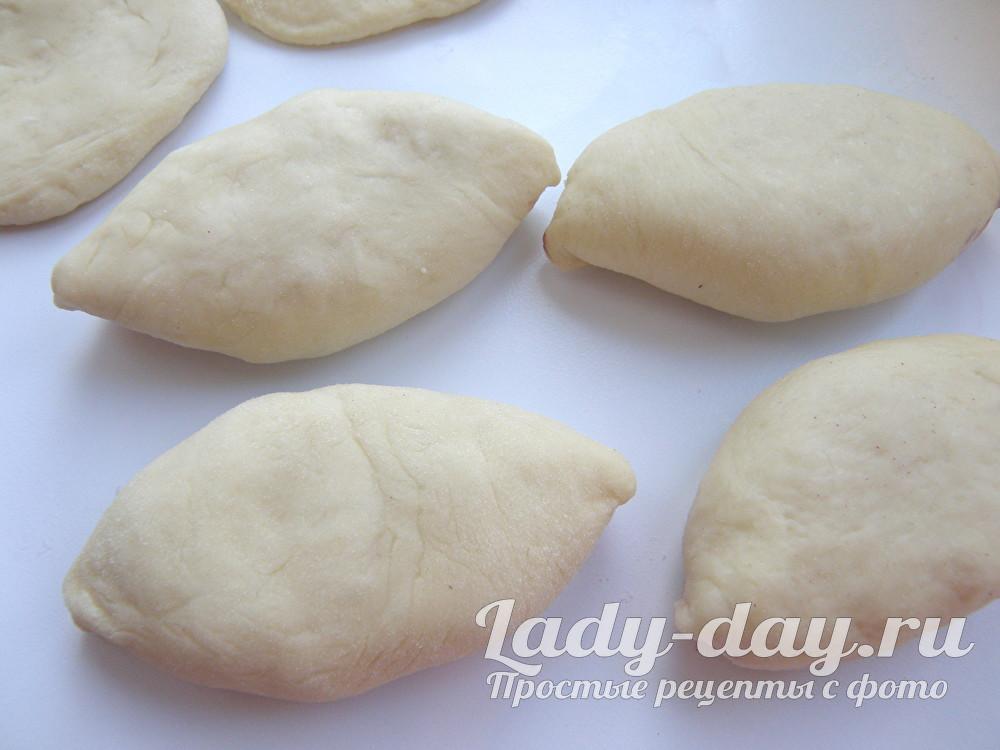 пирожки из теста