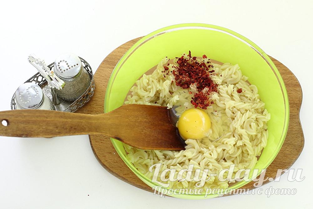 яйцо и специи